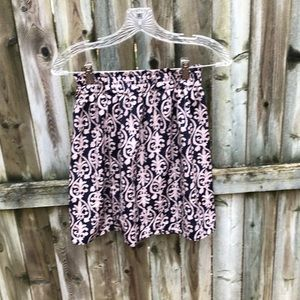 Francesca's Collections Skirts - Francesca's so pretty EUC birdcage label skirt S